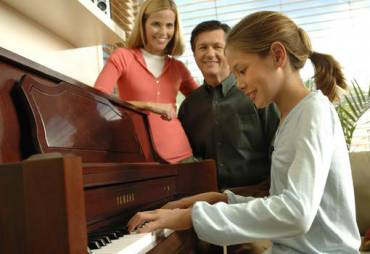 Top 10 Ways Playing Piano Makes You Healthier & Smarter